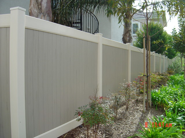 Privacy Vinyl Fencing Modern Home Fencing And Gates