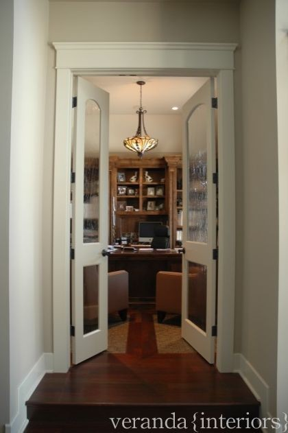 Foyer Home Office : Entry to office off sunken foyer