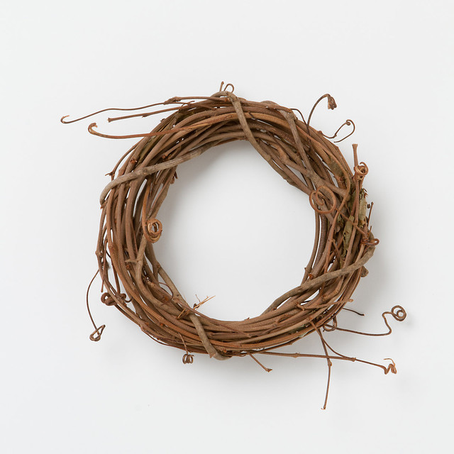 Dried Grapevine Wreath Rustic Wreaths And Garlands