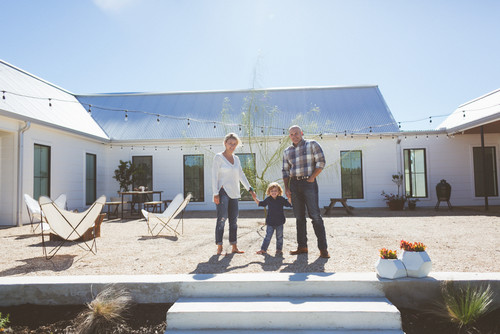 My Houzz: Couple Build Their Dream Modern-Farmhouse-Style Home