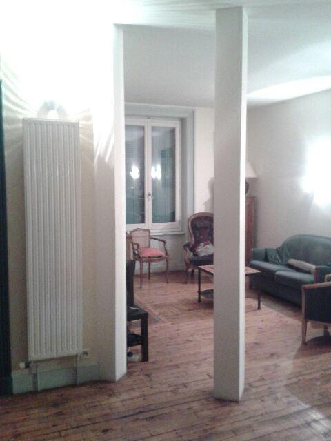 Avant apr s meuble tv bar sur mesure entre deux poteaux - Rangement entre deux meubles ...