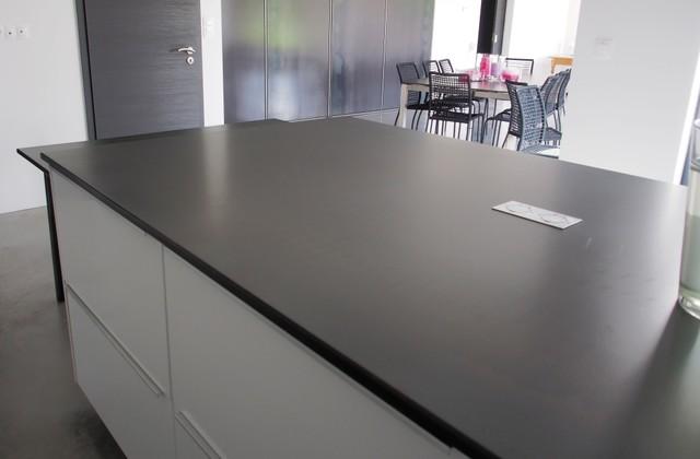 Plan de travail de cuisine en acier brut industriale other metro di encrea - Plan de travail en beton brut ...