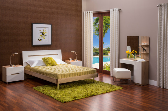 The Bella Bedroom Transitional Bedroom miami by El