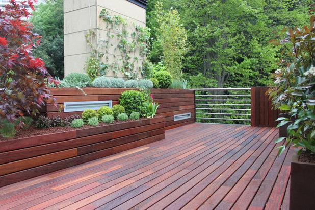 6 ideas para convertir la barandilla de la terraza en un id lico jard n - Barandillas de madera exterior ...