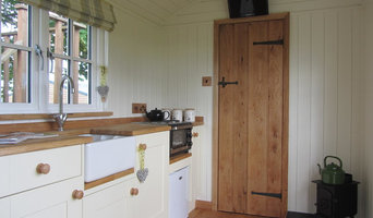Shepherds Huts with kitchen and ensuite