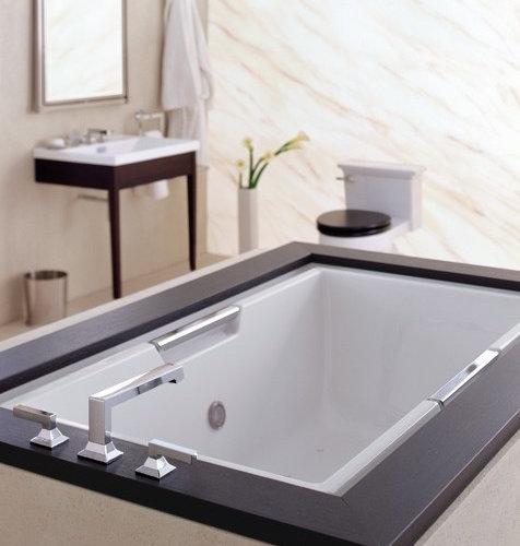 Toto Lloyd Bathtub   Bathtubs