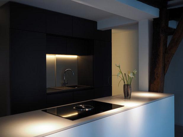 Modern Küche by gerken.architekten+ingenieure