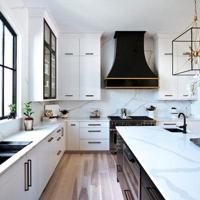 Inspiration for a transitional home design remodel in Nashville