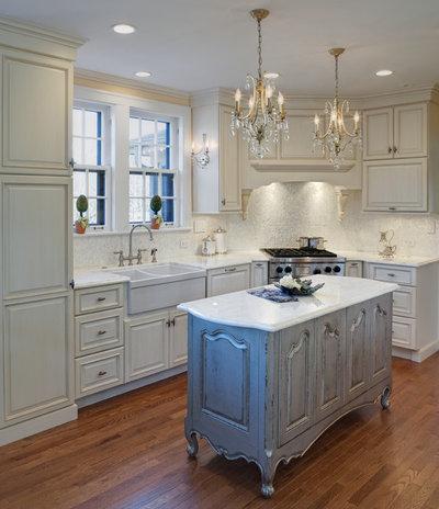 Shabby-chic Style Kitchen by Drury Design