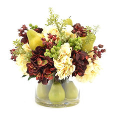 Hydrangea bouquet with Pears