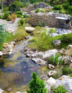 Minigarten ohne Rasen mit Teich- Bitte Gestaltungstips