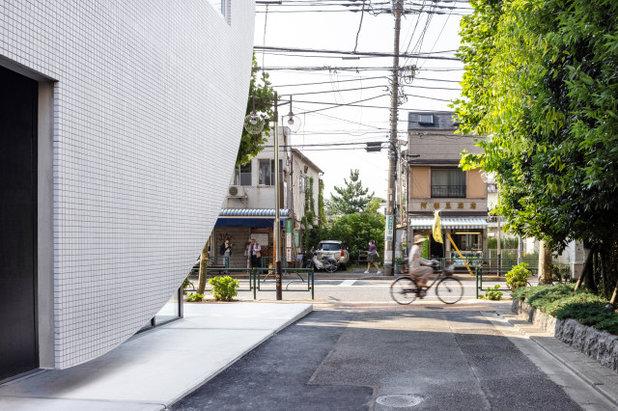 by (株)YAMAMURA SANZLAVINA ARCHITECTS