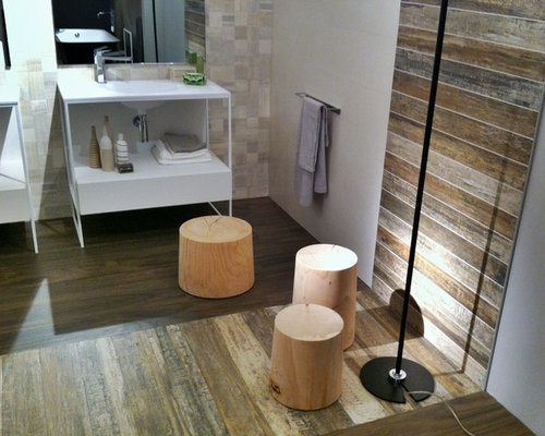 wood tile bathroom