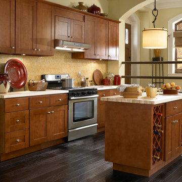Findley & Myers Montauk Cherry Kitchen Cabinets