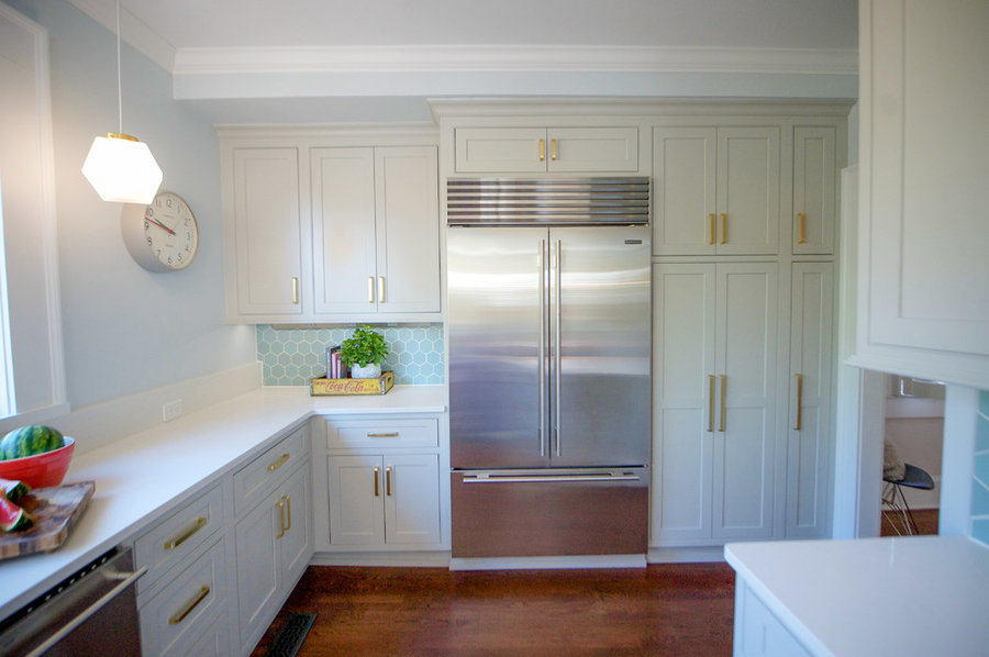 Poncy Highlands transitional kitchen