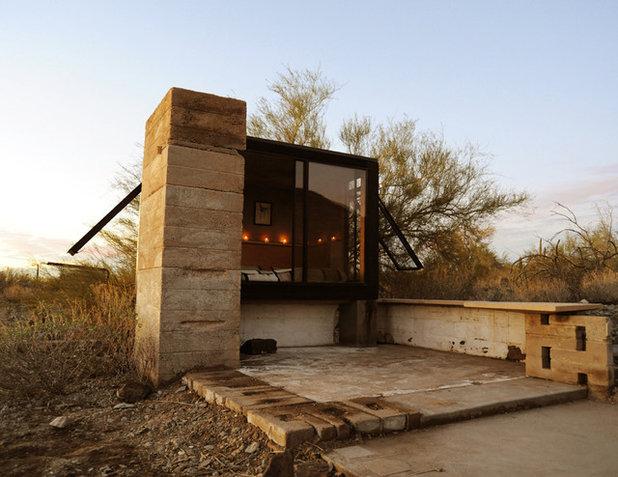 Eklektisk Hus & facade by Broken Arrow Workshop