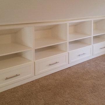 Adjustable Attic Built-In Storage