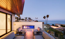 Visit an Open and Airy Southern California Home With Ocean Views