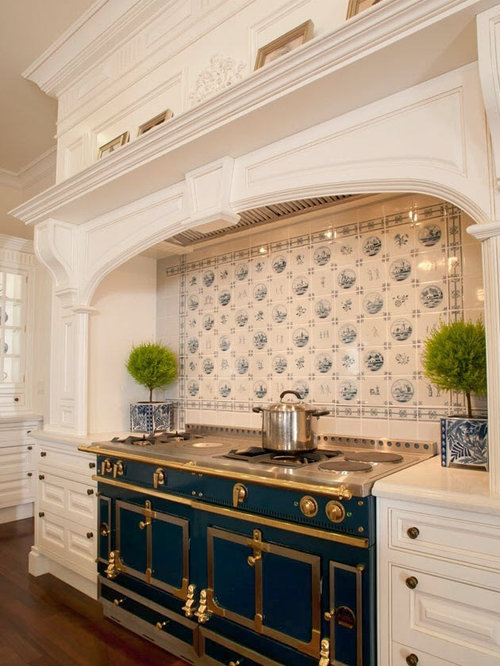 Clive Christian Ivory Classical Kitchen