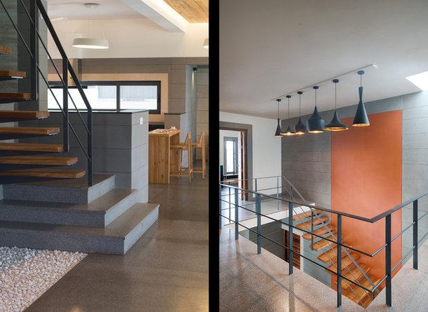 Staircase by KSUP STUDIO