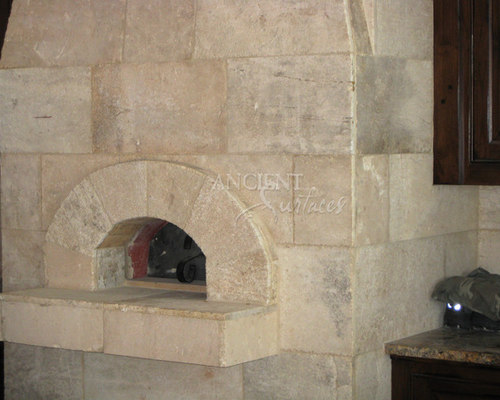 Kitchen Hood and Stone Pizza Oven - Outdoor Pizza Ovens