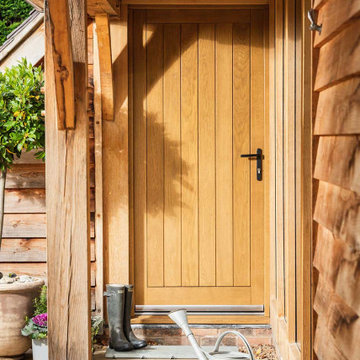 An oak frame garden barn and rural retreat in Leicestershire