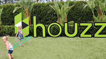 houzz logo display