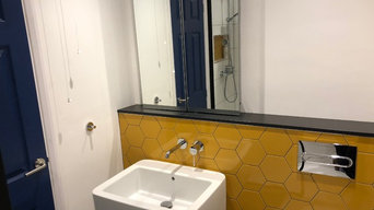 SMALL BUT FUNCTIONAL SHOWER ROOM