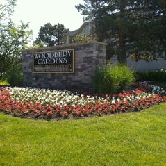 Apartment Complex Landscaping