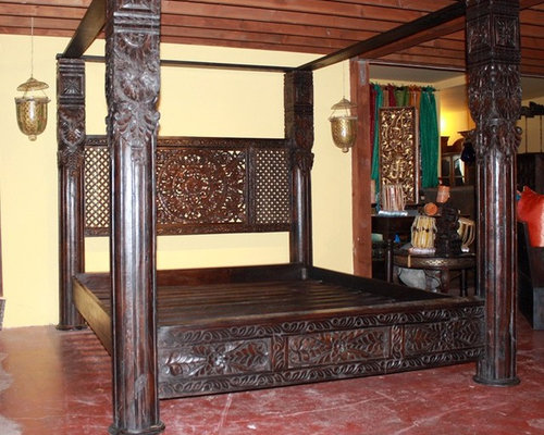 Lotus Pillar Canopy Bed - Canopy Beds & Hand Carved Indian And Chinese Canopy Beds!