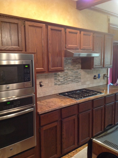 How Can Dark Oak 1985 Cabinets Be Updated