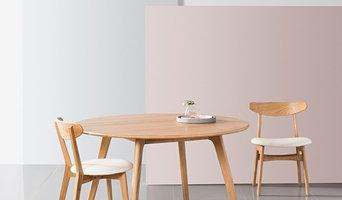 Magnus Round Dining Table - Solid Oak - 130cm Diameter