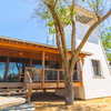 Houzz TV: See a Modern Family Farmhouse That Can Pick Up and Move