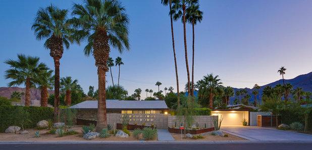 Midcentury  by Moderne Builders