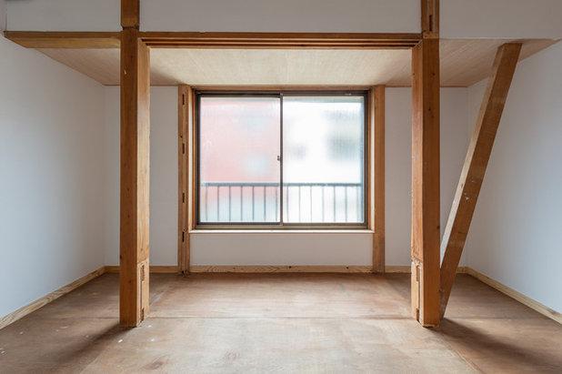 by 勝亦丸山建築計画