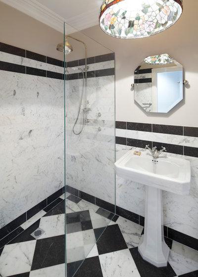 Traditional Bathroom by Brindabella