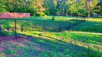 Benton Cedar and black chain link