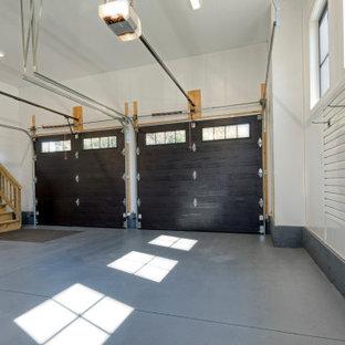 Inspiration för stora klassiska tillbyggda tvåbils garager och förråd