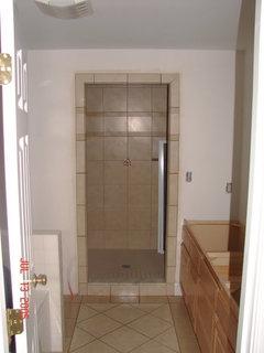 Looking For Doorless Shower Pics