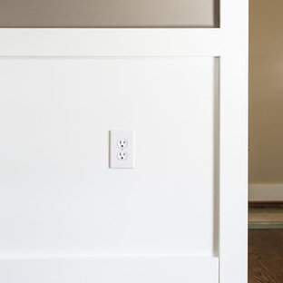 Universal height for outlets