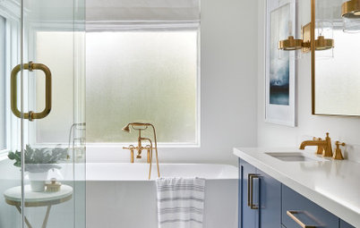 Bathroom of the Week: Calming Retreat for a Busy Couple
