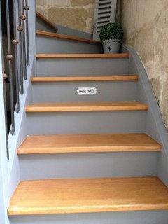 Quelle couleur pour notre escalier for Quelle peinture pour peindre un escalier en bois