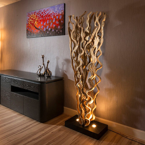 Driftwood Table And Floor Lamps