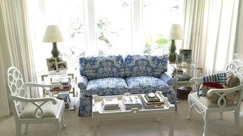 Beautiful love seat!