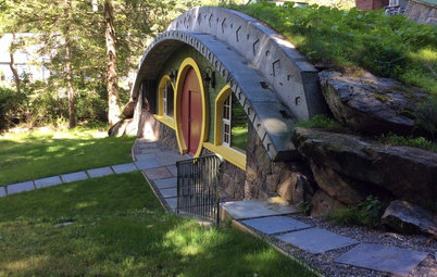 A 'Lord of the Rings' Fan Makes His Dream Hobbit House