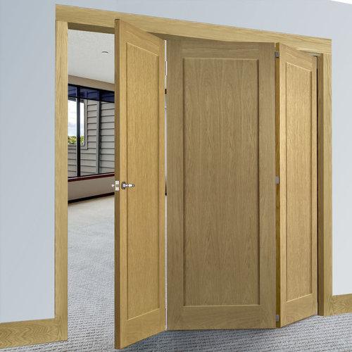 DEANTA 3 DOOR FOLDING SET   WALDEN OAK VENEER DOOR, UNFINISHED   2060MM  HIGH U0026