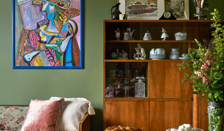 Before & After: A Russian Flat Honours Valuable Family Memories
