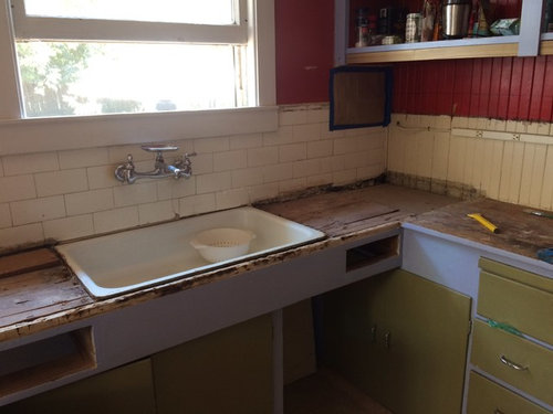 Edging For Large Scale Tile Countertops