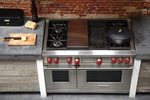 Has Anyone Had Any Experience Installing Or Owning A Range Stove That Is Pushed In Further Than The Cabinet Fronts Problem With Discoloration Of