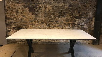 "Table ""Jeanne"""